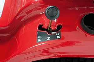 Schaltung des Smart RT 125 Aufsitzmäher